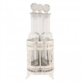 Bottle holder with 3 bottles