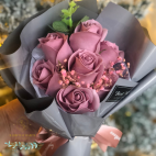 Luxurious bouquet of pink soap roses