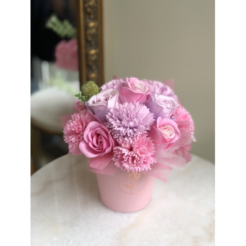 Luxurious bouquet of pink fragranced soap flowers, S size